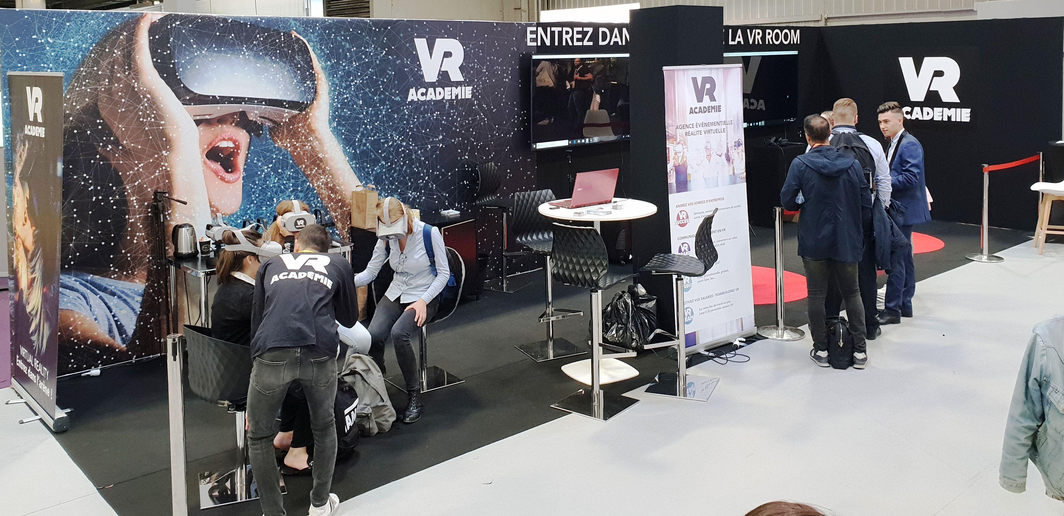 Animation-stand-salon-réalité-virtuelle-vr-academie-1mb